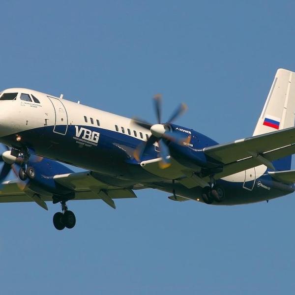 11.Ил-114 после взлета.
