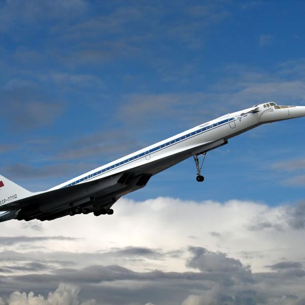 14.Взлет Ту-144Д.