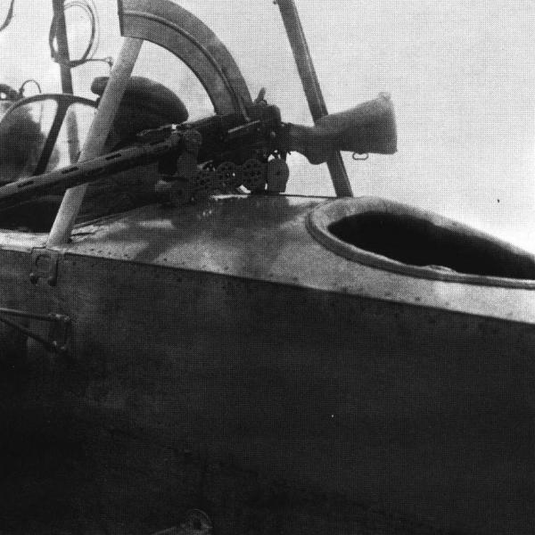 2.Установка для пулемета Madsen на фюзеляже аэроплана.