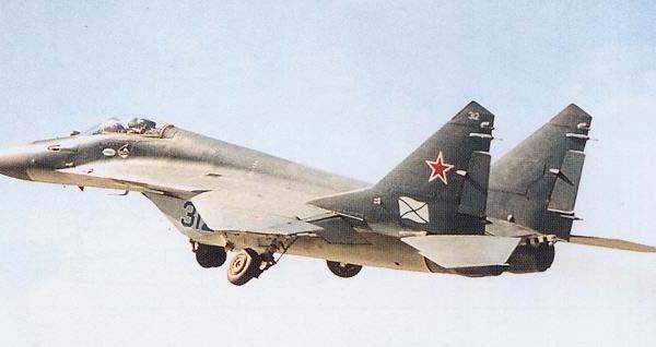 2а.МиГ-29К на взлете.