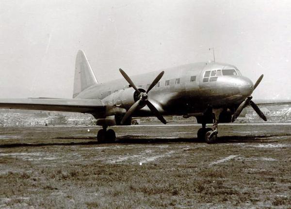 3. Серийный Ил-12.