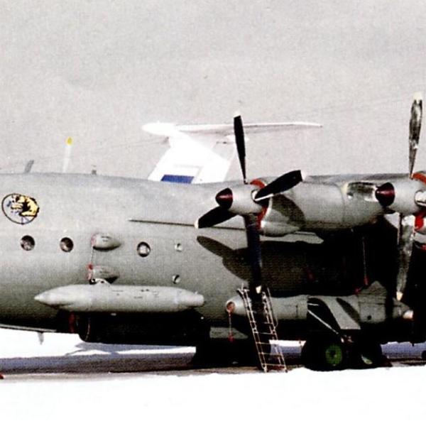3.Ан-12БК-ППС 117-го военно-транспортного авиаполка, Оренбург 2007 г.