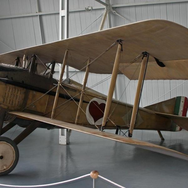 3а.SPAD S.VII C1 в музее авиации Италии.