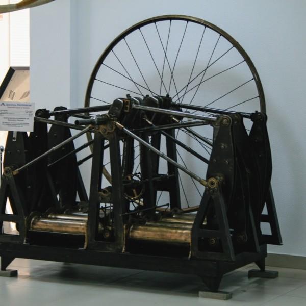 4.Двигатель Костовича в музее ВВС Монино..jpeg