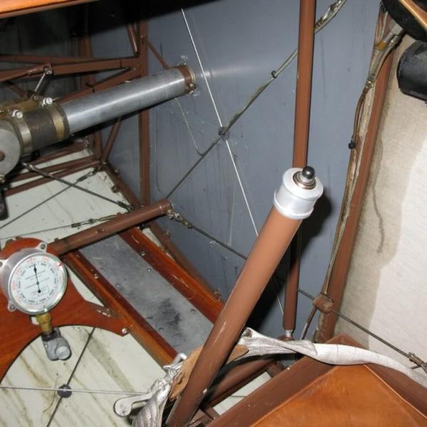 4.Кабина Nieuport 11. Музейное фото.
