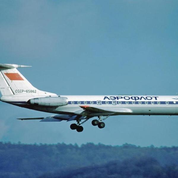 4.Ту-134А заходит на посадку.