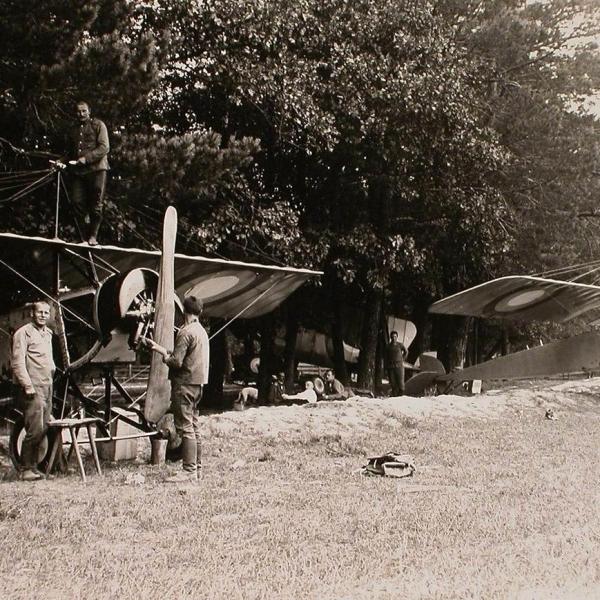 4в.Самолеты Morane-Saulnier L на стоянках.