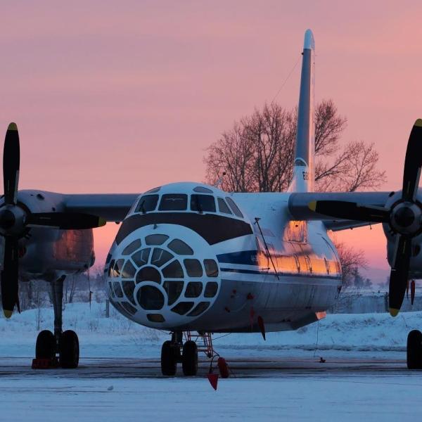 5.Ан-30Б ВВС России на стоянке.