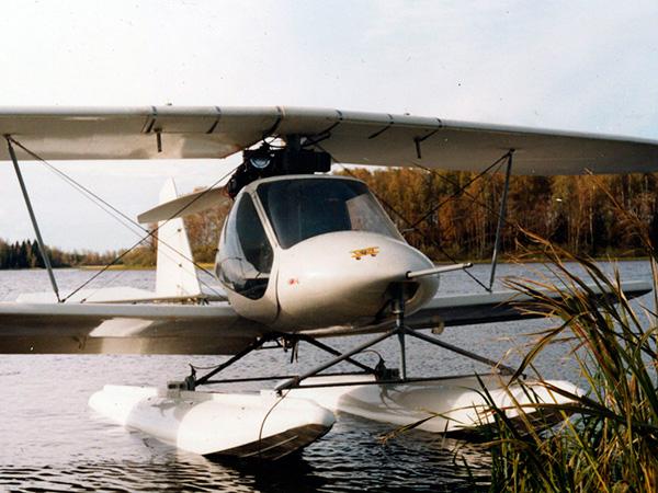 5.Авиатика-МАИ-890У на поплавках.
