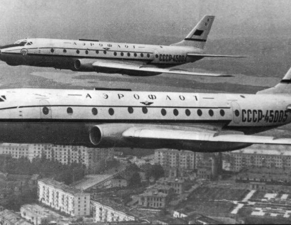 5.Четвертый и пятый серийные Ту-124.