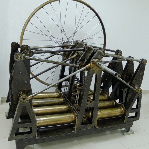 5.Двигатель Костовича в музее ВВС Монино.