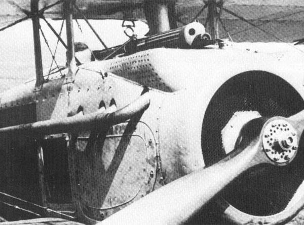 5.Установка пулемета Vickers на S.VII.