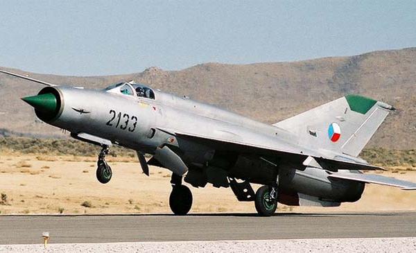 6.МиГ-21Р ВВС ЧССР.