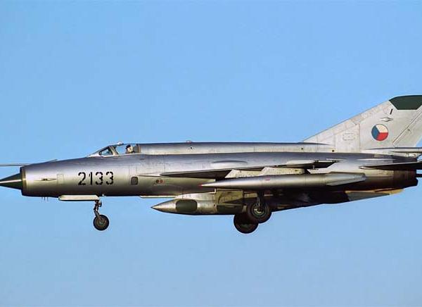 7.МиГ-21Р ВВС ЧССР. 2