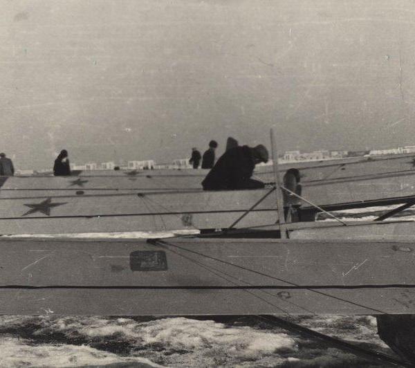 Àýðîäðîì ×åðòàíîâî 1965ã. ÞÏØ, âûêàòûâàþò ïëàíåðû ÊÀÈ-11