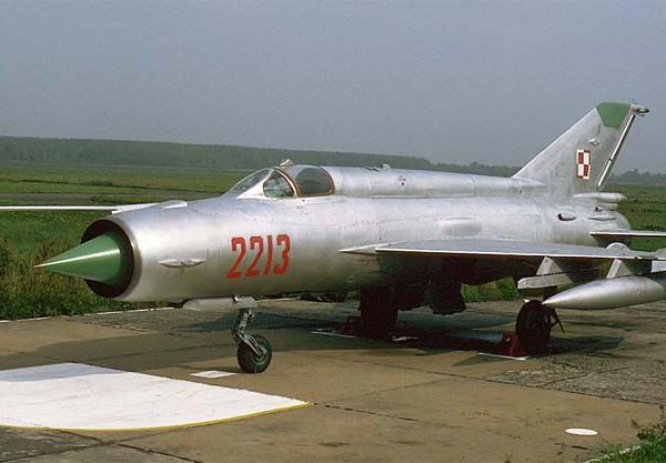 8.МиГ-21Р ВВС ПНР.