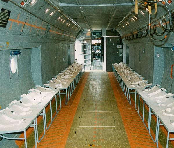8а.Грузо-пассажирская кабина Ан-72.