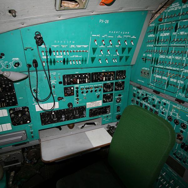 9.Кабина Ил-76М. 7