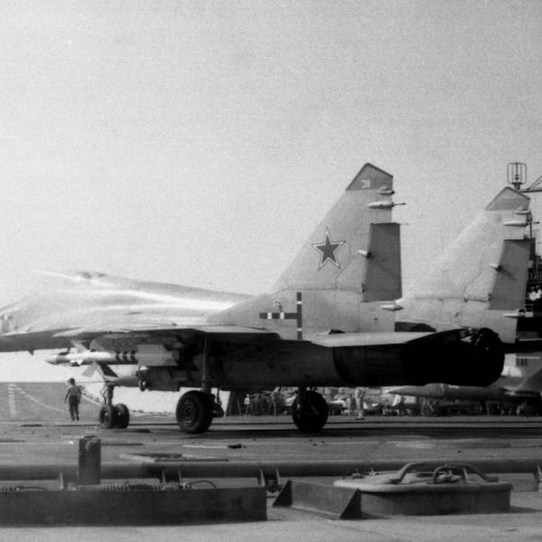 9.МиГ-29К на испытаниях.