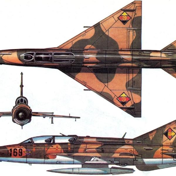 9.Проекции МиГ-21УМ ВВС ГДР. Рисунок.