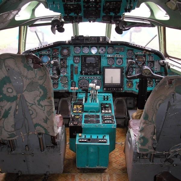 kabina-tu-154b