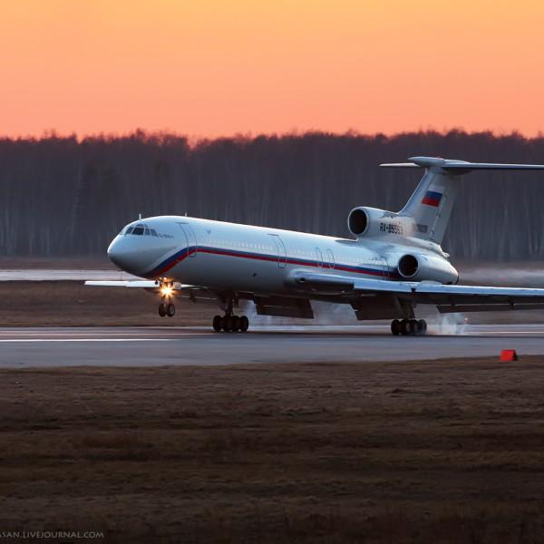 tu-154b-2-na-posadke