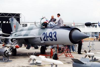 0.МиГ-21-93