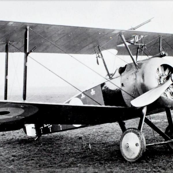 1.Истребитель Sopwith F.1 Camel ВВС Англии.