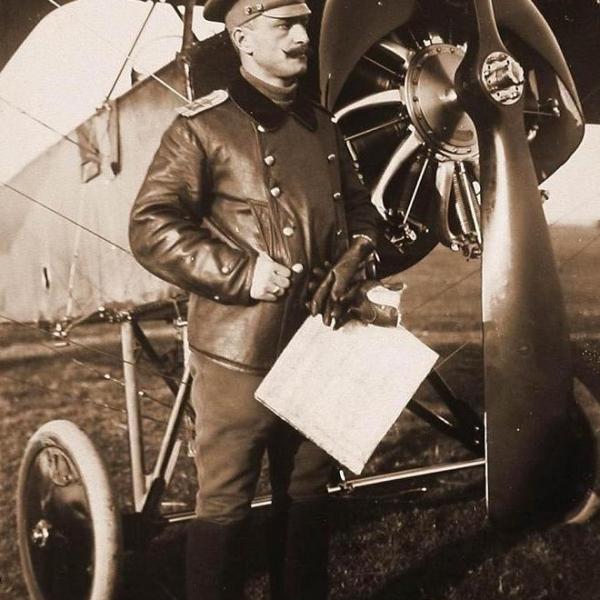 1.Командир XX КАО есаул Ткачёв. Сентябрь 1915 г. Рига