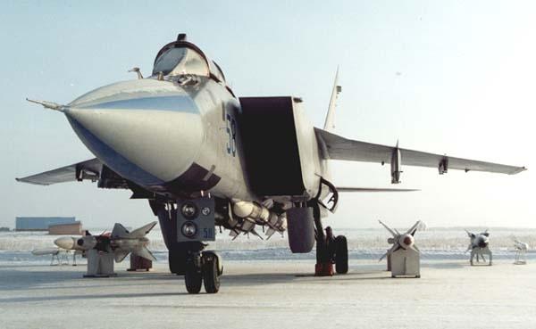 1.МиГ-31ФЭ.