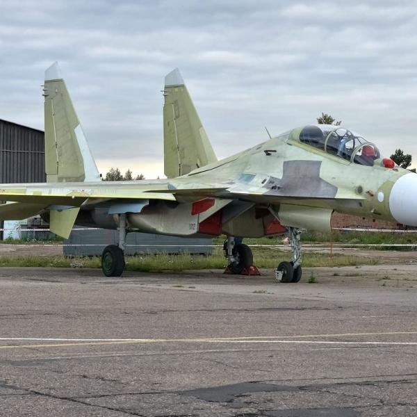 1.Первый Су-30СМ.