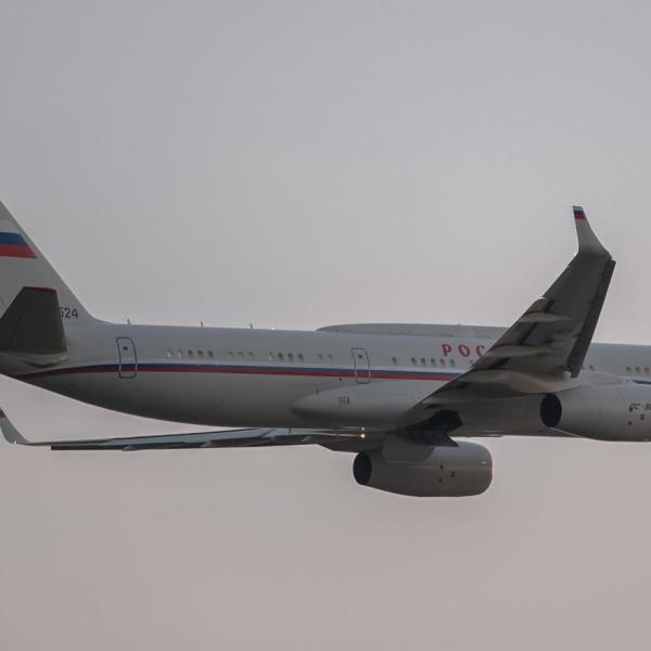 1.Ту-214СУС после взлета.
