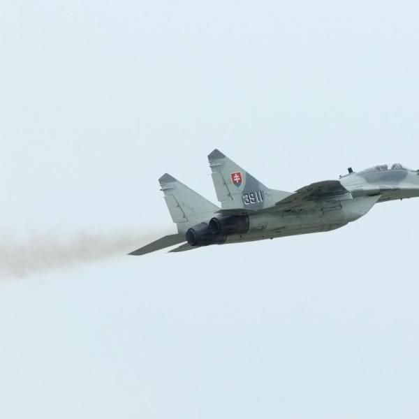10.МиГ-29СД ВВС Словакии в полете.