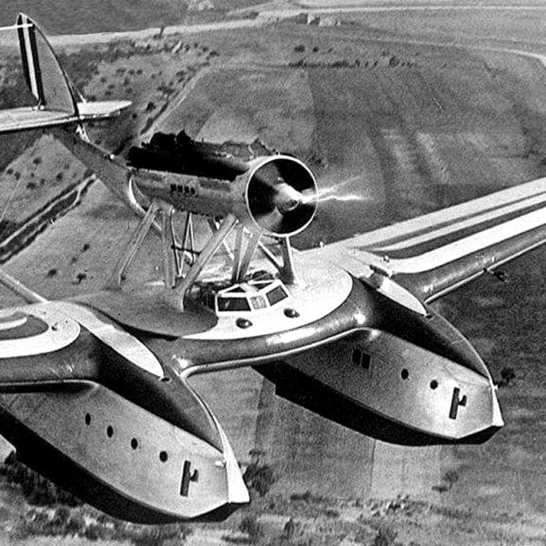 10.Savoia-Marchetti S.55 в полете.