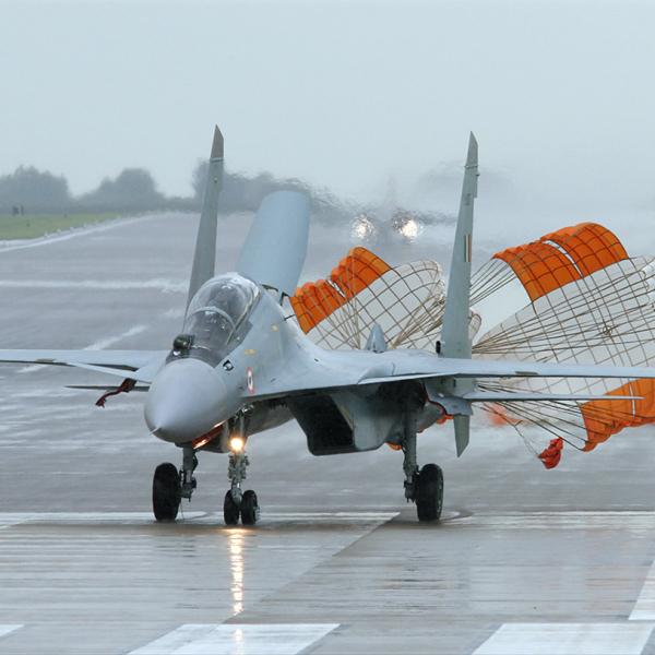 10.Су-30МКИ ВВС Индии после посадки.