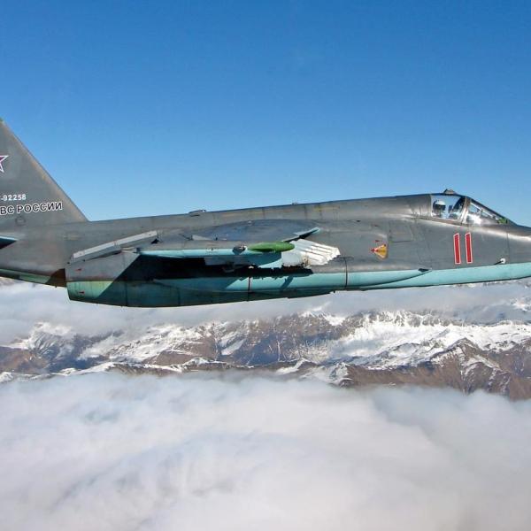 12.Су-25СМ в полете.