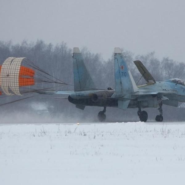 13.Су-35 первой серии после посадки.