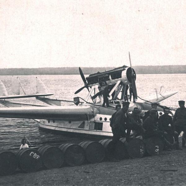 13в.Савойя-55 в Хабаровском гидропорту.