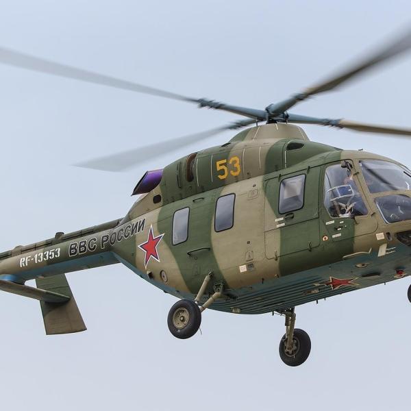 14.Вертолет Ансат-У в полете.
