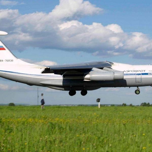 15.Ил-76ТД заходит на посадку.
