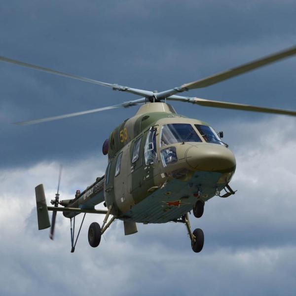 15.Вертолет Ансат-У в полете.