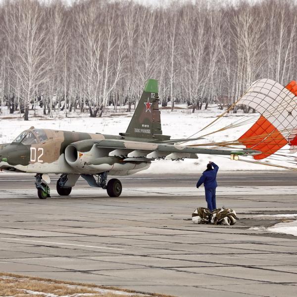 17.Су-25СМ после посадки.