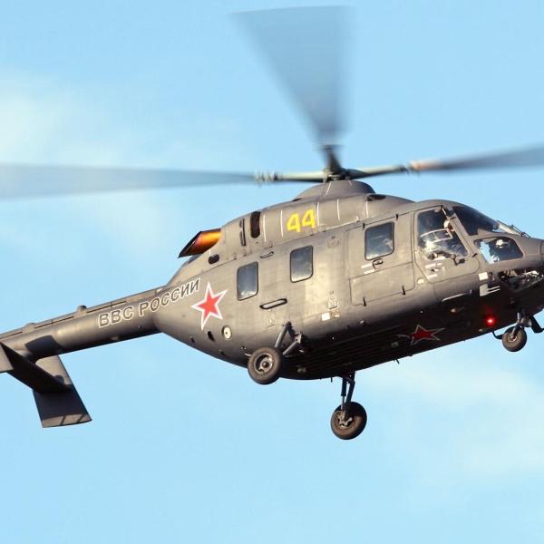 17.Вертолет Ансат-У в полете.