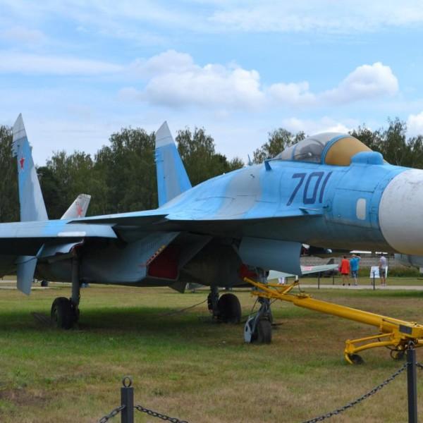 2.Первый опытный Су-35 борт № 701 в музее ВВС Монино. 2