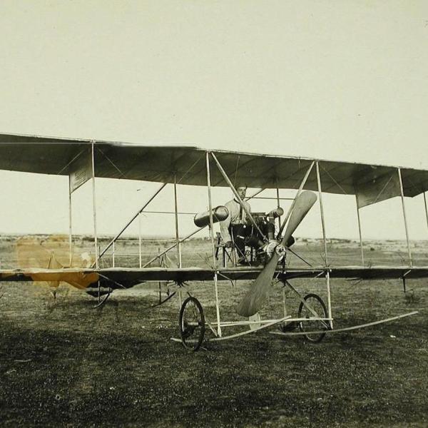2а.И.И.Сикорский в самолете БИС-2.