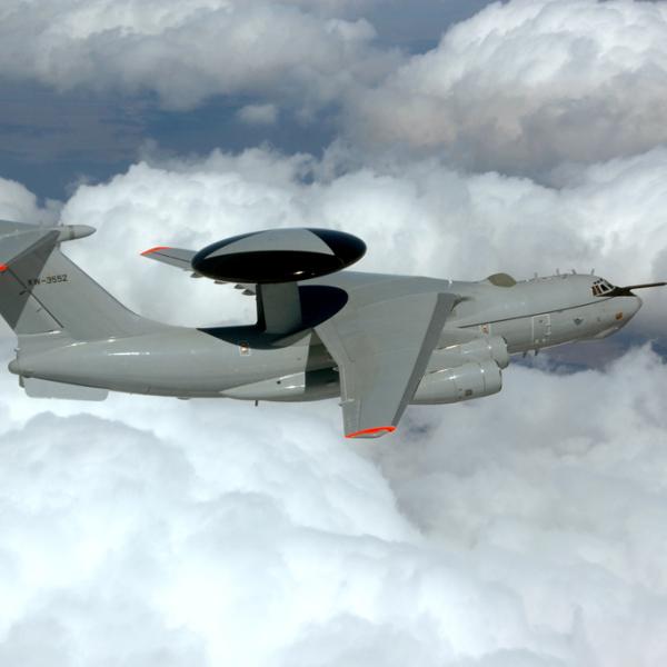 3.А-50ЭИ в полете.