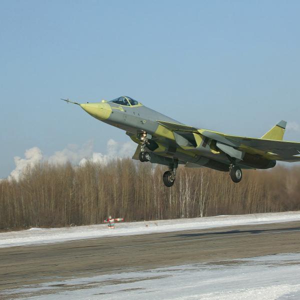3.ПАК ФА Т-50-1 на взлете.