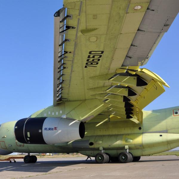 3.Первый Ил-76МД-90А (№01-02), г.Ульяновск, лето 2012 г.