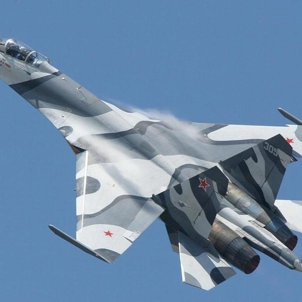 3.Су-27СМК в полете.