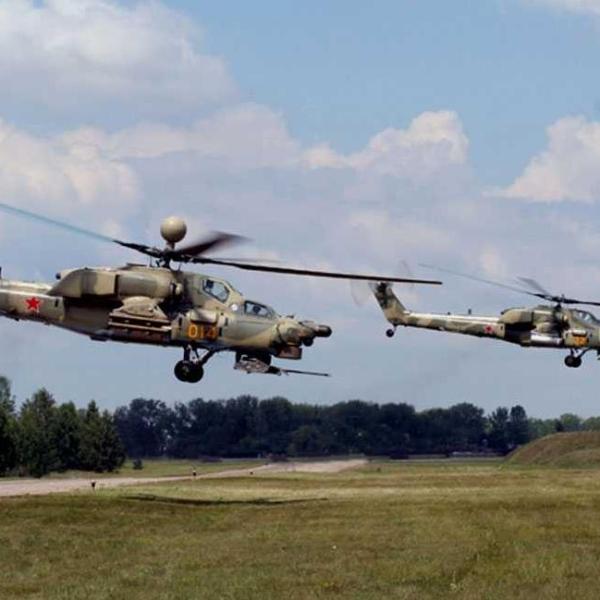 3.Ударный вертолет Ми-28Н. На втором плане Ми-28А.